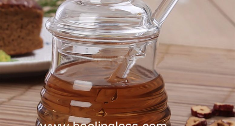 Wholesale glass bee hive honey pot with dipper